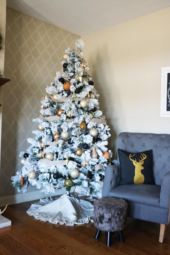 Christmas Tree - lights off