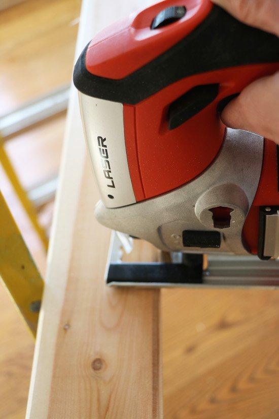 Cutting Shiplap with jigsaw