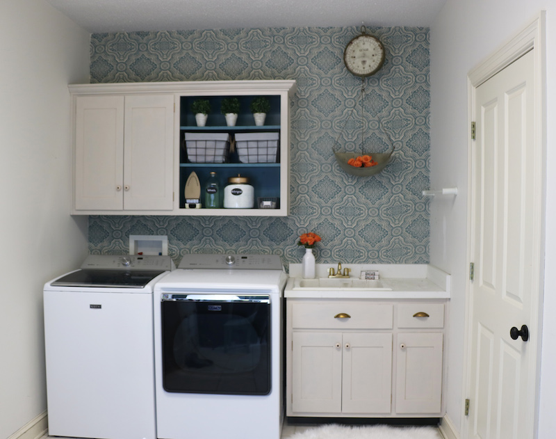 Laundry Room DIY Makeover.