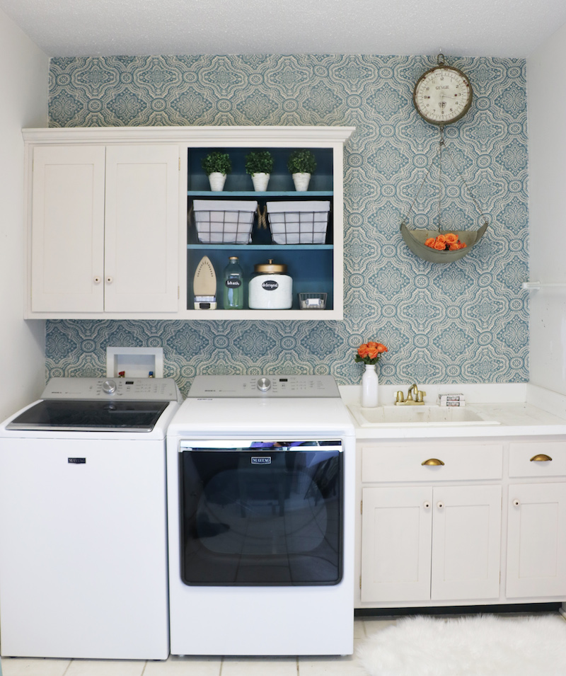 Diy laundry room makeover sincerely sara d for Laundry room redo blog