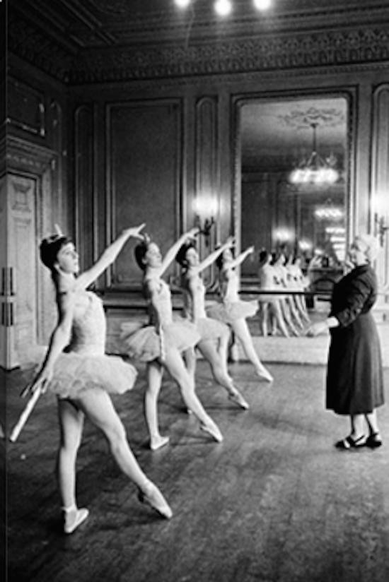 Photos.com Ballet Class