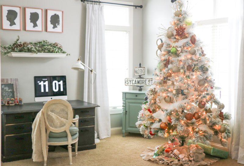 sincerely-sara-d-christmas-home-tour-2